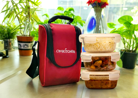 OMKITCHEN Tiffin Service